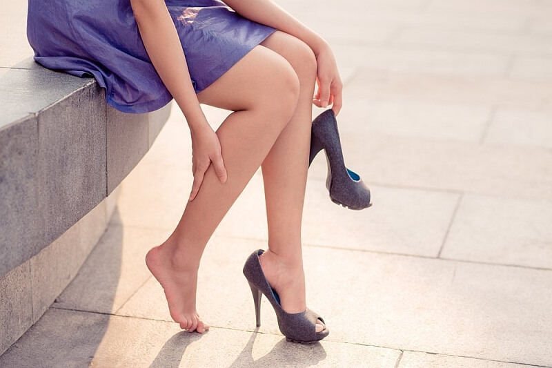 Zagrożenie żylakami-co zrobić, gdy puchną nogi?